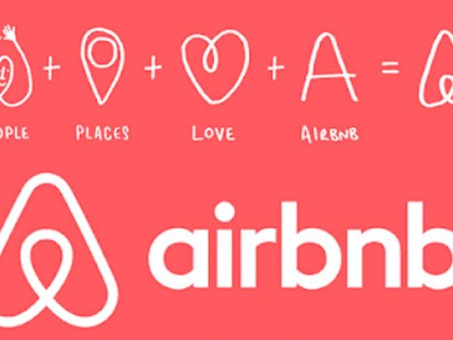 Cartel con el logotipo de Airbnb en relación a los mejores métodos para posicionar tus apartamentos turísticos en Airbnb